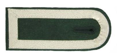 Schulterstück, Innenfeld Filz, 4 Seiten Tresse silber